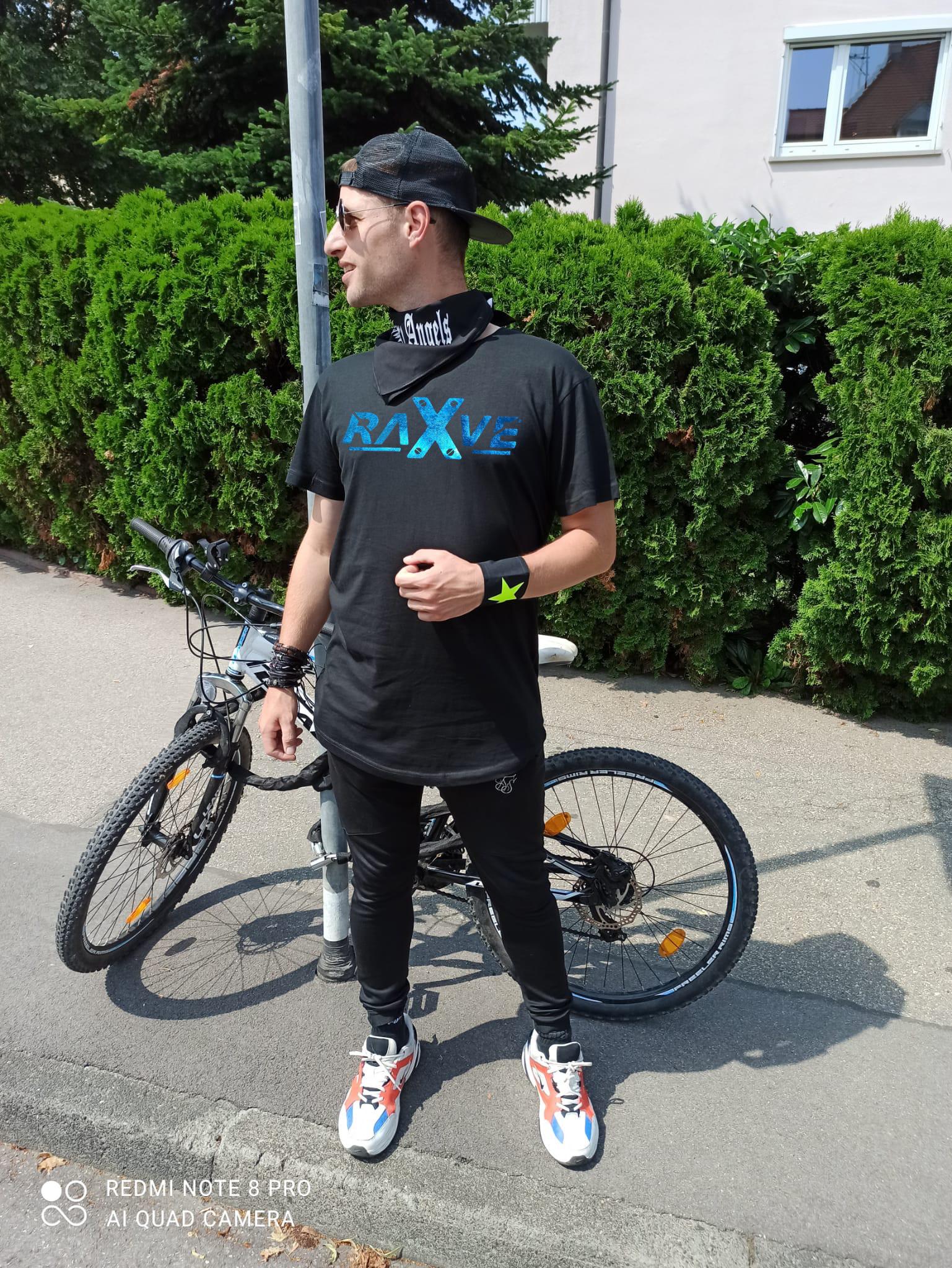 "Long Shirt  von  RAVE X  "" Rave 2k21""  Techno Shirt  in Space-Farben"