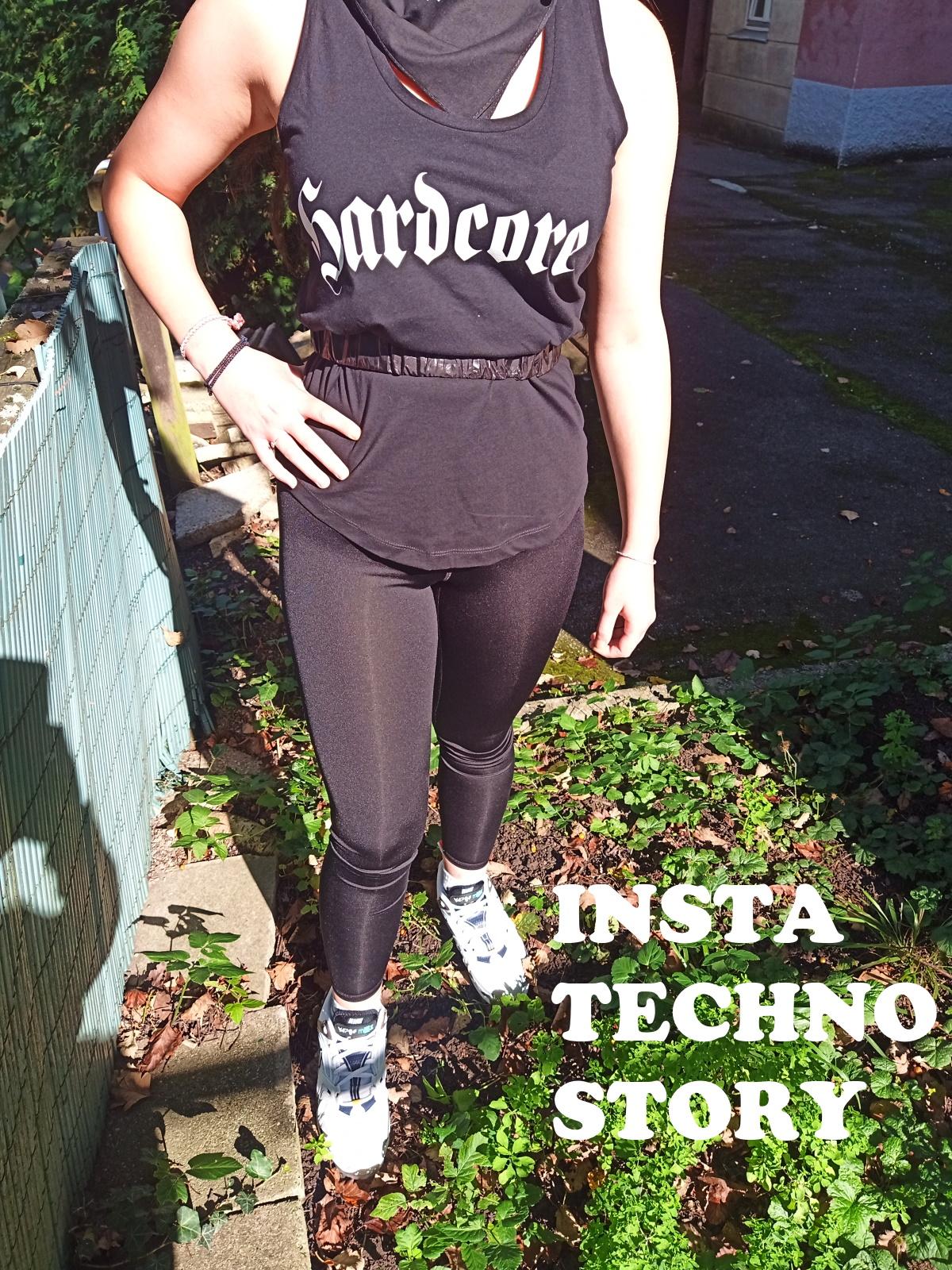 """Women Tank Top von HYPER X Model """"Hardcore Oldscool"""" in Schwarz mit Weiss oder Reflex im Techno Wear Style"""